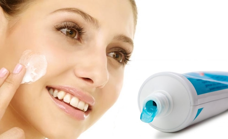 is-toothpaste-suitable-for-your-skin-for-pimples-treatment